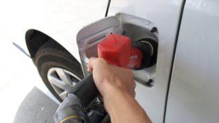 トラックの平均燃費の一覧と燃費を良くするコツ_アイキャッチ