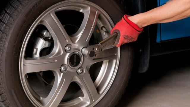 事業用自動車・トラックの日常点検:タイヤの点検_アイキャッチ
