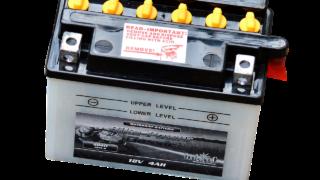 事業用自動車・トラックの日常点検:エンジンオイルとバッテリーの点検_アイキャッチ