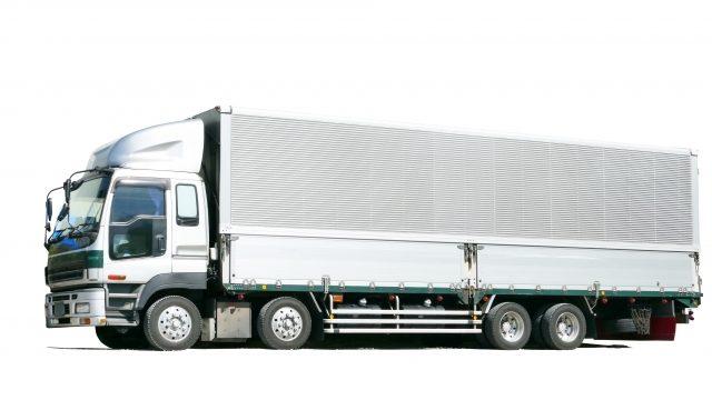 大型トラックの初心者が気を付けておくポイントまるわかり!