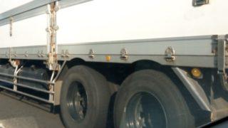 大型トラック(10t)の積載量/車両総重量(重さ/トン数)がまるわかり!